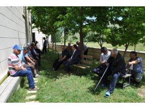 Kaymakam Erdoğan'ın köy ziyaretleri sürüyor