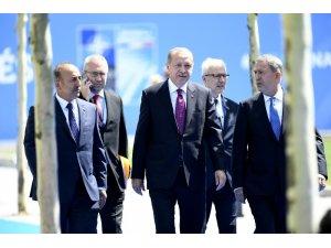 Cumhurbaşkanı Erdoğan NATO karargahına geldi