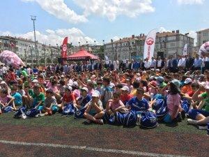 Genç sporcular Fatih'te yetişiyor
