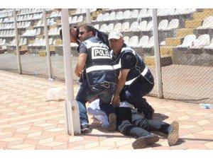 Kongrede arbede: 3 kişi gözaltına alındı