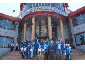 Van YYÜ mezunları bir araya geldi