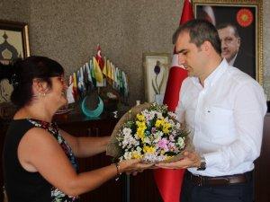 Yolu yenilenen halk Başkan Yemenic'ye teşekkür etti