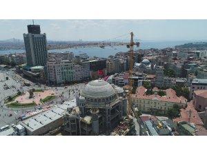 Kubbesine kurşun dökülmeye başlanan Taksim Camii'nde son durum havadan görüntülendi