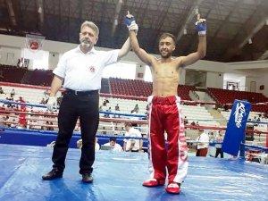 Aydınlı Sedat, kick boksta 5. kez Türkiye şampiyonu oldu