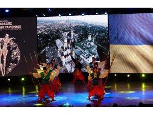 Bursa Altın Karagöz Halk Dansları Yarışması'nda yarı final heyecanı