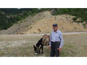 Şaphaneli Özçelik çiftçi, 50 yıldır üretiyor