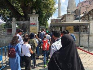 İstanbul tatiliyle ödüllendirilen Hintli çalışanlar Tarihi Yarımadaya akın etti