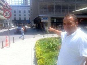 Taksici, Beyoğlu'nda taksi şoförüne yapılan saldırı anını anlattı