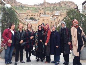 Türkiye'deki 7 bölgenin kadın liderleri, Akdeniz Bölgesi sorunlarını Isparta'da masa yatıracak