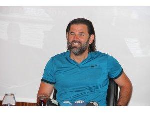"""İbrahim Üzülmez: """"Transfer anlamında şu an Süper Lig'de en zayıf takımlardan birisiyiz"""""""