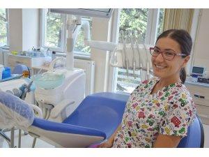 """Ezberci; """"Engelli çocuklarımıza genel anestezi altında diş tedavileri imkanı sunuyoruz"""""""