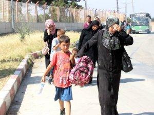 Ramazan bayramını ülkesinde geçiren 37 bin Suriyeli dönüş yaptı