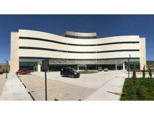 Yeni hastanenin adı Dr. Fazıl Doğan Emet Devlet Hastanesi oldu