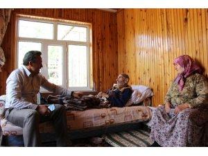 Başkan Tutal hasta ve yaşlı ziyaretlerine devam ediyor