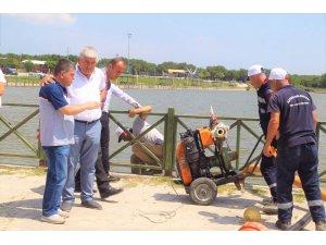 Kaybolan şahıs için göl boşaltılıyor