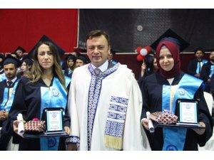ESOGÜ Tıp Fakültesi'nde mezuniyet coşkusu