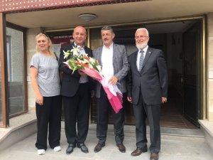 Bartın Belediye Başkanı Akın, Ilgaz Belediyesi'ni ziyaret etti