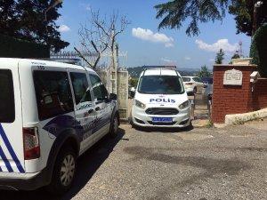 Adnan Oktar'ın villasında polisin aramaları devam ediyor