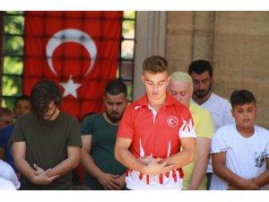 Pehlivanların cuma namazı geleneği: 'Selimiye'