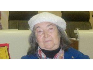 Ödüllü şair ve besteci Şadiye Özkır Türker vefat etti