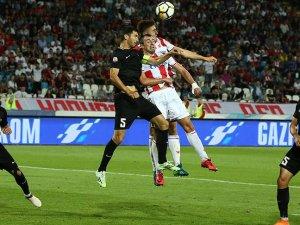 UEFA Şampiyonlar Ligi 1. ön eleme turu rövanş maçları tamamlandı