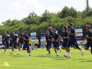 Fenerbahçe sezona Bursaspor maçıyla başlıyor
