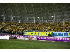 Sezonun ilk galibi Galatasaray