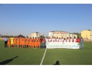 1071 Malazgirt Spor ile Bulanık Bilican Spor arasında hazırlık maçı