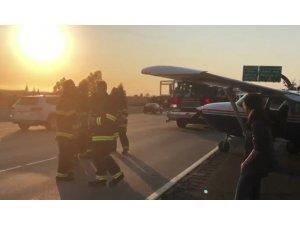 ABD'de havada arızalanan uçak otoyola iniş yaptı