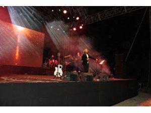 Fettah Can'dan muhteşem konser