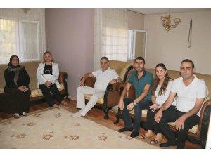 Vali Toprak, şehit ailelerine bayram ziyaretinde bulundu