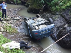 Rize'nin sevilen atma türkücüsü trafik kazasında hayatını kaybetti