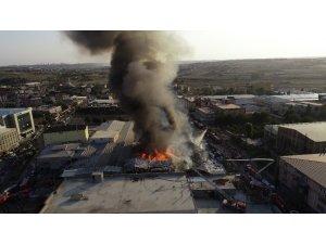 Arnavutköy'deki fabrika yangını kontrol altına alındı