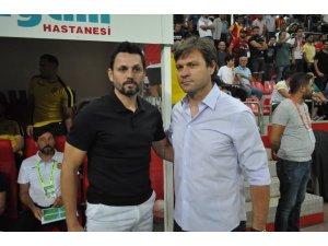 Spor Toto Süper Lig: Kayserispor: 0 - Evkur Yeni Malatyaspor: 0 (İlk yarı)