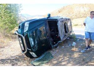 Sivas'ta otomobil ile pikap çarpıştı: 5 yaralı