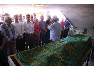 Sevilen atma türkü sanatçısı Ahmet Çakar toprağa verildi