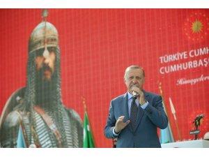 """Erdoğan, """"Bu bir işaret fişeği"""" dedi, Ahlat'a """"Cumhurbaşkanlığı köşkü"""" müjdesini verdi"""