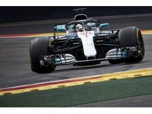 Hamilton, Belçika'dan lider döndü