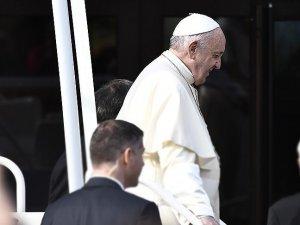 Başpiskopostan Papa'ya istifa çağrısı