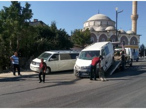 Sivas'ta zincirleme trafik kazası: 5 yaralı