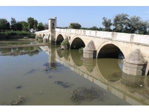 Meriç ve Tunca Nehirleri'nin su debileri dip seviyelere düştü