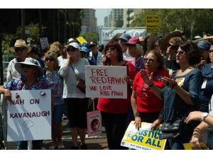 ABD'liler Trump'ı protesto etti