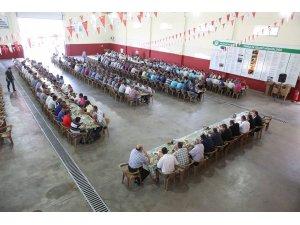 Başkan Büyükkılıç, Belediye Çalışanlarının Bayramını Kutladı