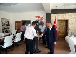 Başkan Cabbar belediye personeliyle bayramlaştı