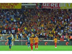 Malatyalı futbolseverlerden Atiker Konyaspor maçı biletlerine ilgi