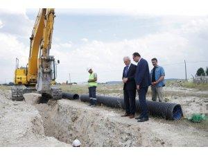 Başkan Saraçoğlu, kanalizasyon çalışmalarını yerinde inceledi