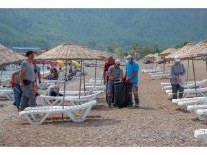 9 günlük tatilin ardından Adrasan sahili temizlendi