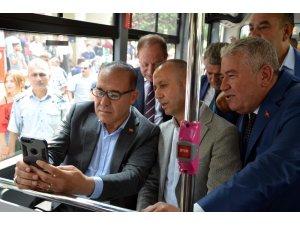 Belediye otobüslerinde ücretsiz wifi hizmeti