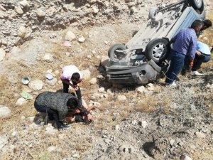 Hasankeyf yolunda trafik kazası: 4 yaralı