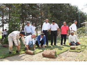 Göletli Park'ta yeşillendirme çalışması